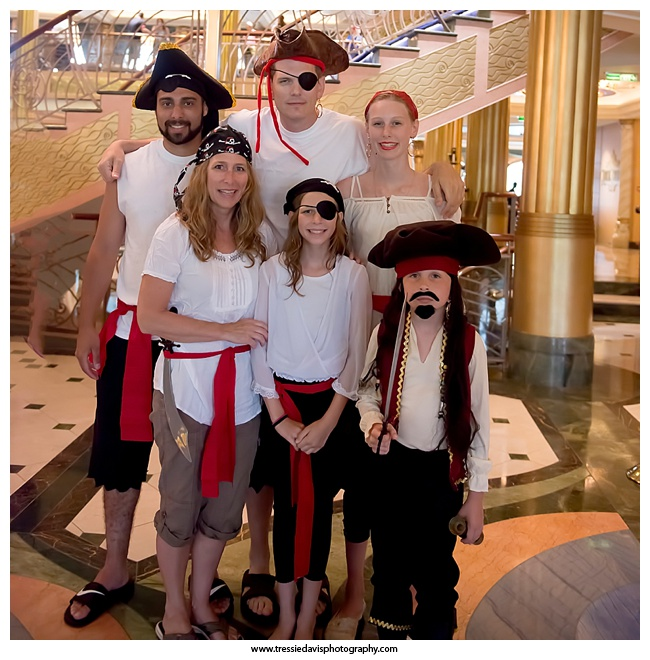 DIY Pirate Costumes on Pirate Night - Disney Cruise