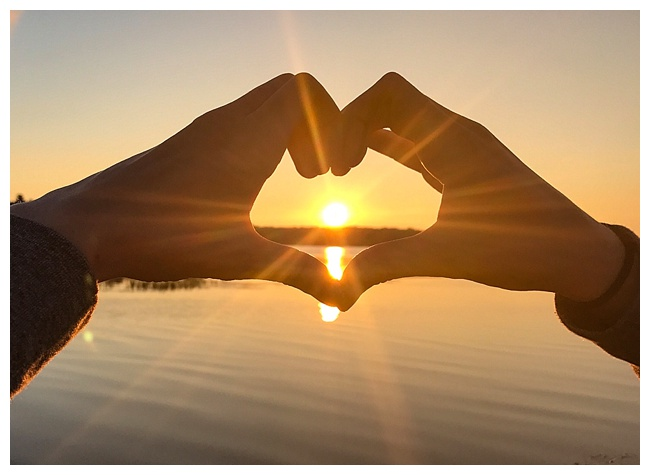 11 Travel Photos - Nothing says vacation like a heart framed sunset